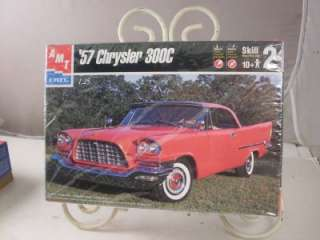 AMT 57 CHRYSLER 300C MODEL KIT
