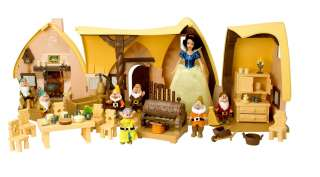 DISNEY PARKS Store SNOW WHITE COTTAGE dolls PRINCESS PRINCE and HORSE