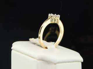 YELLOW GOLD ROUND CUT HEART SHAPE DIAMOND ENGAGEMENT RING BAND
