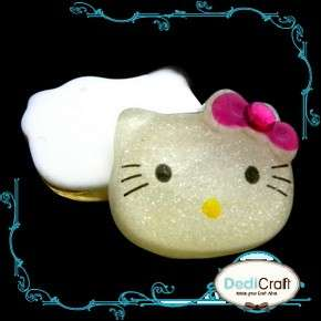 B1533 (15 pcs) Resin Hello Kitty Girl Kid Flatback Scrapbooking