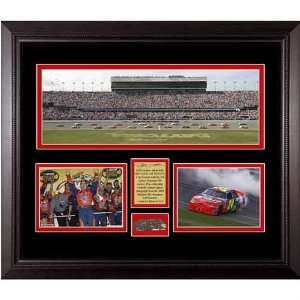 Gordon Mini Panoramic w/ Piece of Daytona Track   Jeff Gordon One Size