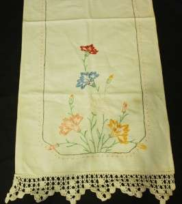 Flowered Table Runner Finished Embroidery 38 Lace VTG