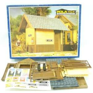 RESTROOMS   POLA G SCALE MODEL TRAIN BUILDINGS 913