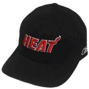 NBA MIAMI HEAT BLACK RED VELCRO REEBOK COTTON HAT CAP