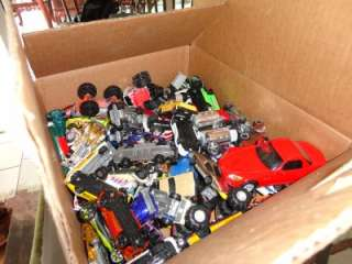 Lot Vintage Old Diecast Redline Hot Wheels & Matchbox Cars Trucks
