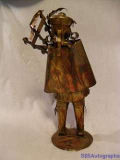 GOOD 1978 SCOTTISH BAG PIPES PLAYER TIN ART SCULPTURE STATUE