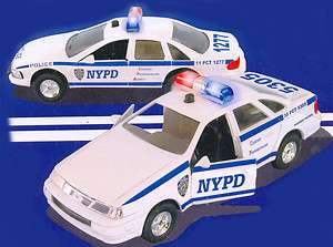 NYPD New York Police Department Ford Crown Victoria 1/43 Lighted