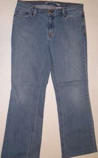 G651 Womens jeans GAP Size 10 32x28 Low rise Boot cut