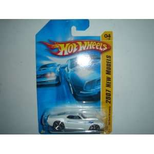 2007 Hot Wheels 69 Ford Mustang White #004/180