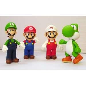 Super Mario Bros. Figure Set of 4 (4.5)  Toys & Games