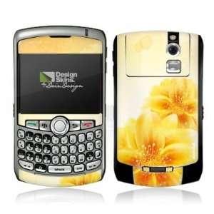 Design Skins for Blackberry 8310 Curve   Yellow Flowers Design