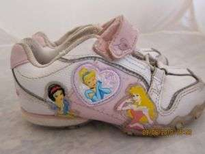 Girls Disney Princess Cinderella Athletic Shoes Sz 9.5