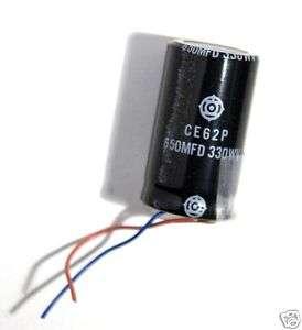 HITACHI KONDENSATOR CE62P / 650MFD 330wV f. Blitzgeräte