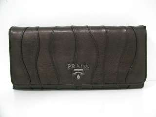 Auth PRADA Leather Long Bi fold Wallet Dark brown