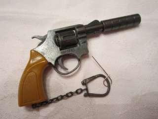 VINTAGE MINIATURE MINI VICTORY DIECAST TOY CAP GUN REVOLVER SIX SHOT