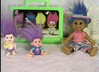 TROLL DOLL + Carrying Case Mamma + 2 babies